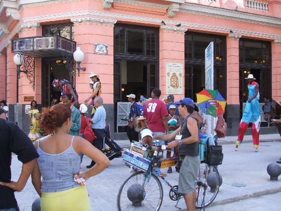 ฮาวานา, คิวบา: Esquina en La Habana Vieja