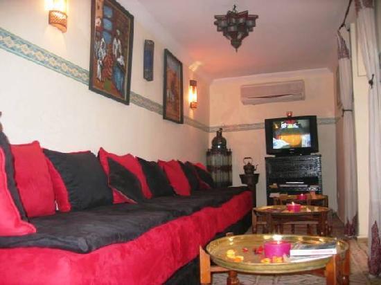 Riad El Ambar : Salon