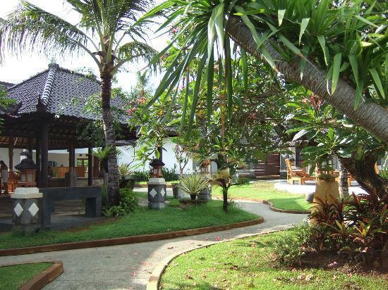 Bali Sunset Hotel: scorcio interno