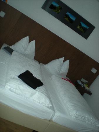 Alia Appart-Hotel: letti rifatti con cura