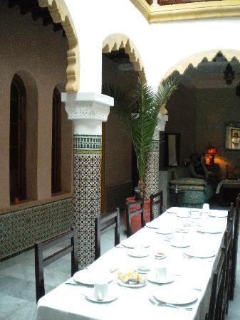 Riad Dar Alia : bkfast/dinner