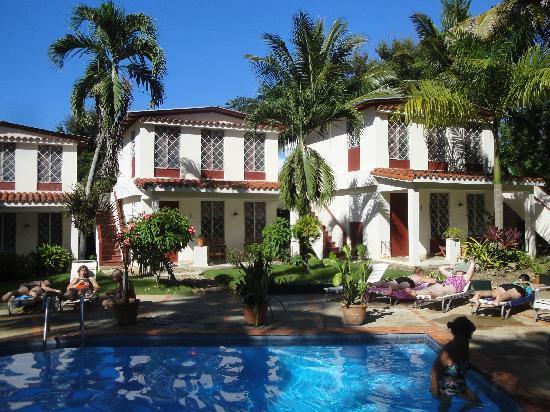 Tropix Hotel: Paradise??