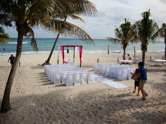 Azul Beach Resort The Fives Playa Del Carmen: Azul Fives wedding prep
