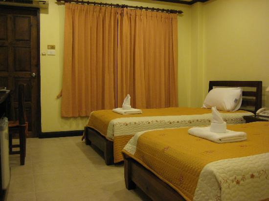 Andaman House: room