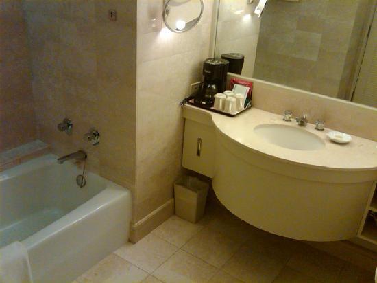 Hawaii Prince Spacious Bathroom Picture Of Hawaii