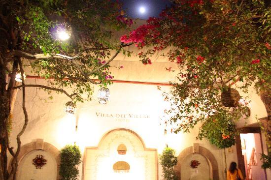 Villa del Villar: Entrance