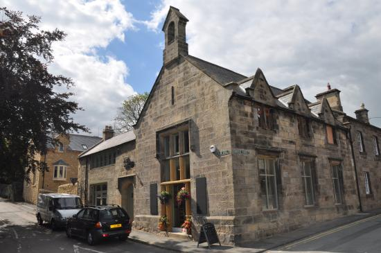 Tomlinson's Cafe & Bunkhouse