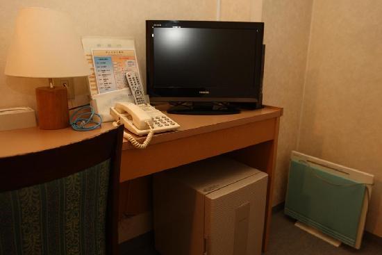 Orange Hotel: 机まわり