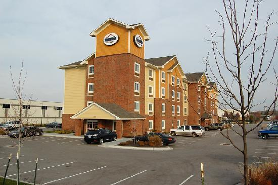 Suburban Extended Stay Lenexa: The Lenexa Suburban Inn is an attractive property
