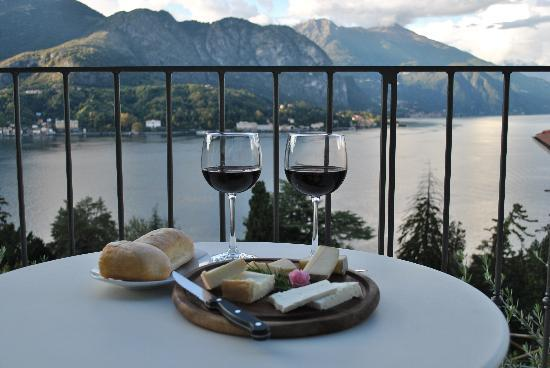 Borgo Le Terrazze: room serice cheese plate - a must