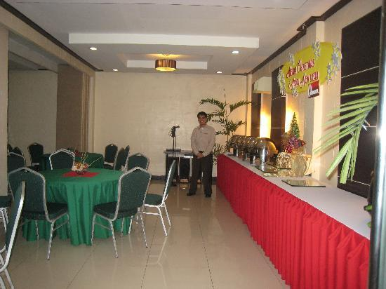 O Hotel: conference room