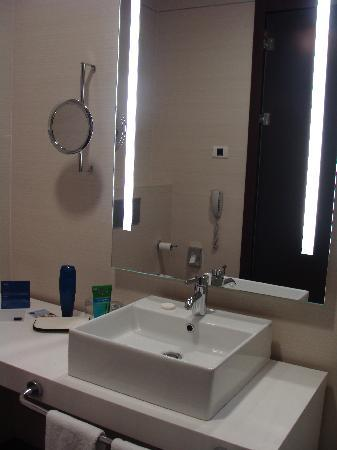 Occidental Madrid Este : baño - bagno - bathroom