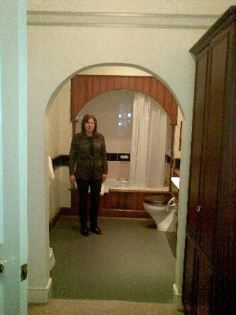 Bosworth Hall Hotel & Spa: the size of the en-suite and dressing area