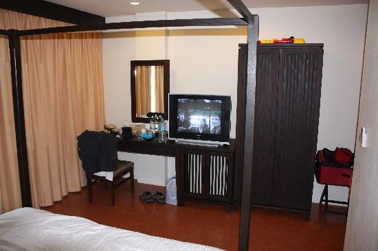 La De Bua : Clean spacious room