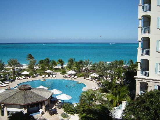 Seven Stars Resort & Spa: Spectacular Balcony View of Grace Bay