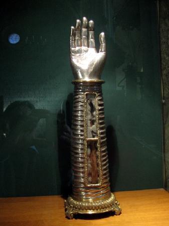 Viseu, Portugal: Reliquie in Form eines Armes