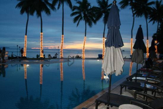 Palau Pacific Resort : sunset at PPR