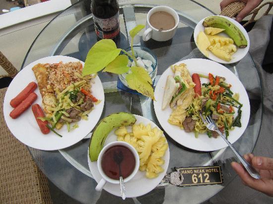 Hang Neak Hotel: Petit déjeuner