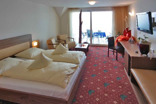 Hotel Zur Winzerstube: Zimmerbeispiel