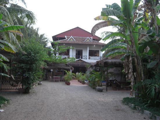 Green Village Angkor Hotel : entrada de la guesthouse