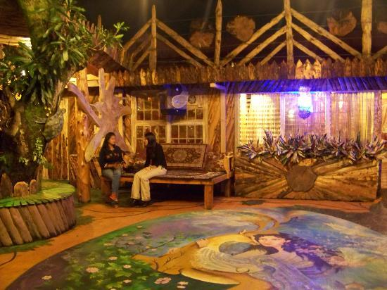 Mil y Una Noche: Relax in an enjoyable setting