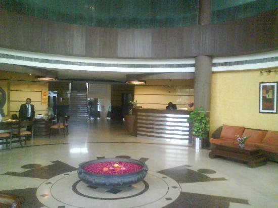 Dayal Paradise : Lobby