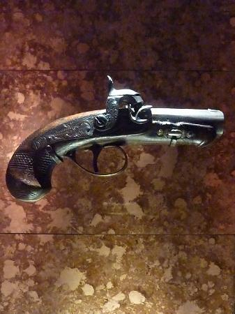 Ford's Theatre - The gun used to kill Lincoln