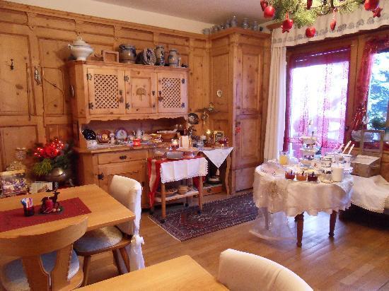 Pension Backsteinerhof: sala per la prima colazione....