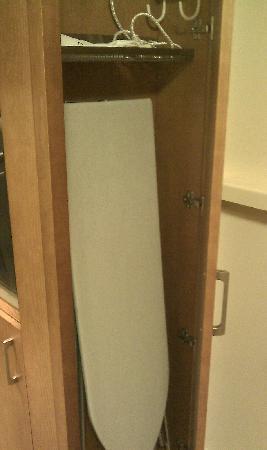 Break Sokos Hotel Flamingo: Ironing board
