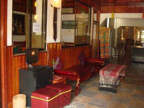 Golden Angkor Hotel : Internet Area