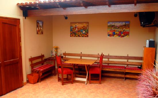 Hostal Jose Luis: Area de recreacion