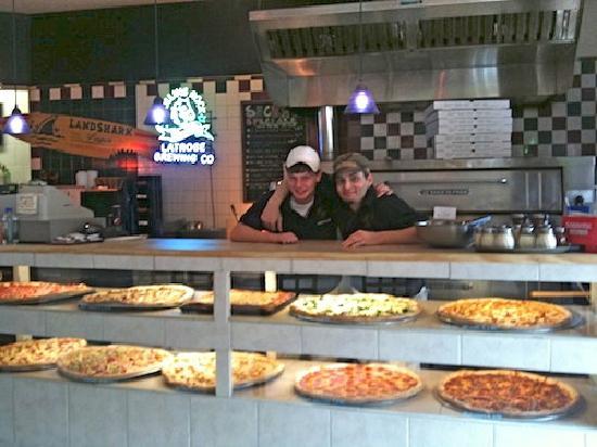 Nina's Pizzeria and Restaurant: The Pizza Counter at Mama Nina's Pizzeria