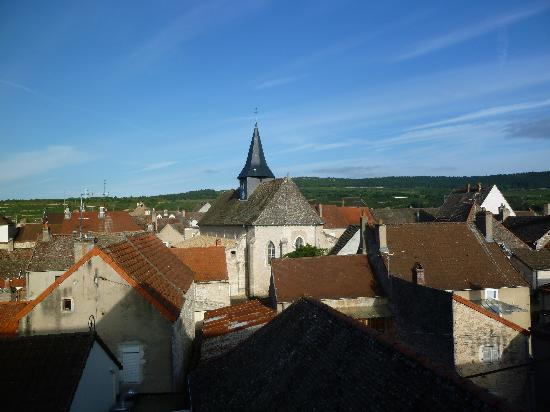 La Maison d'Olivier Leflaive : View from top of Hotel over Wine Yards