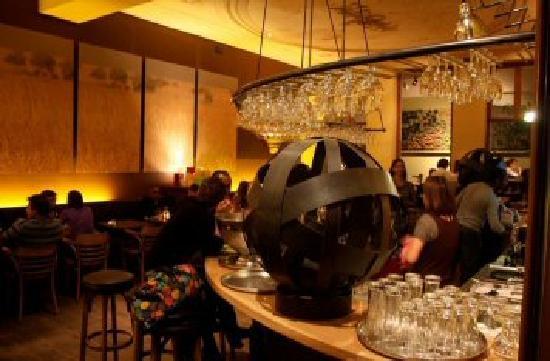 Photo of Belgian Restaurant Le cercle des voyageurs at Rue Des Grands Carmes 18, Brussels 1000, Belgium