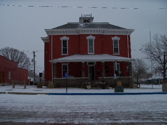 Rockville, IN: A snowy December morning