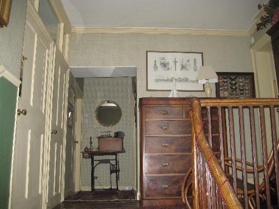 Clanville Manor : Top Floor