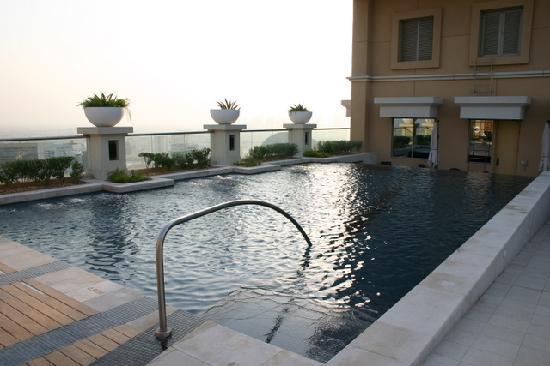 Sheraton Mall of the Emirates Hotel: La piscine jacuzzi