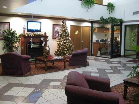Comfort Suites: Reception Sitting Area