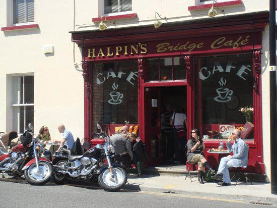 Halpin's Bridge Cafe: summer at Halpin's