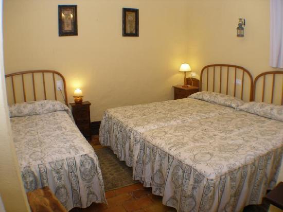 Casa rural Masia El PInet: Habitación Montcabrer
