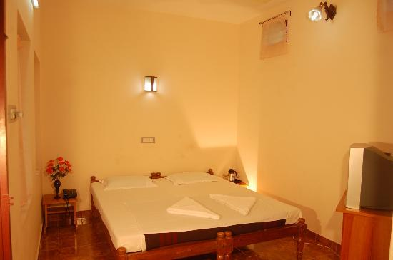 Private cottages: Room