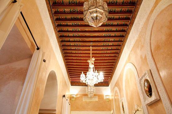 Riad Palais des Princesses: Soffito della camera