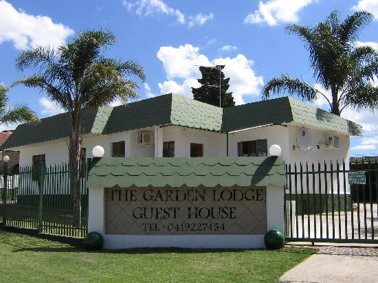 The Garden Lodge Guest House: Main entrance