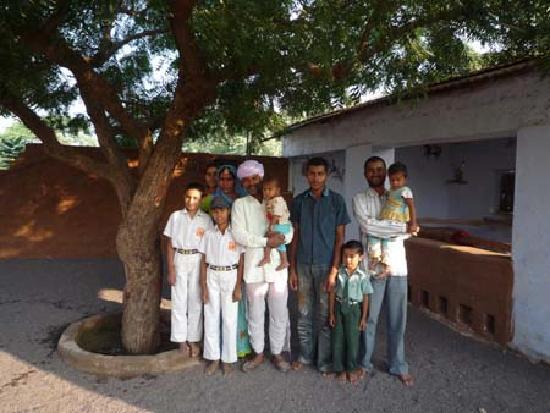Pukhraj Durry Udhyog : Family
