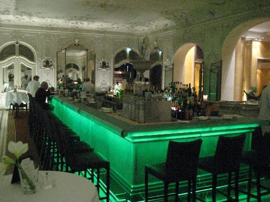 Bayerischer Hof Hotel: Bar im Spiegelsaal