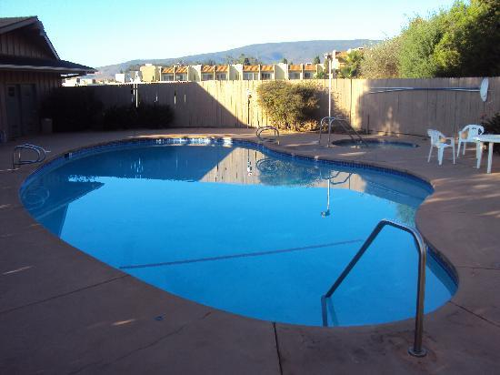 Vagabond Inn San Luis Obispo: la piscine