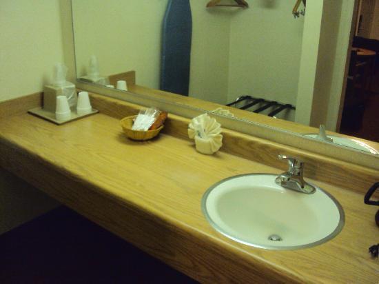 Vagabond Inn San Luis Obispo: notre salle de bain