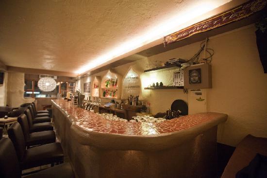 GARIKO Lounge Bar Restaurant : Le bar