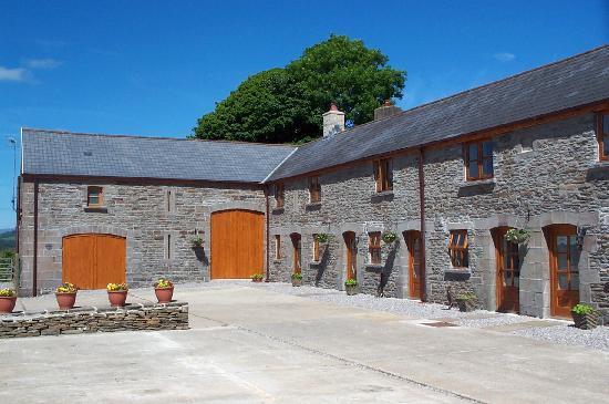 Cilhendre Fawr Farm Cottages: Cottages