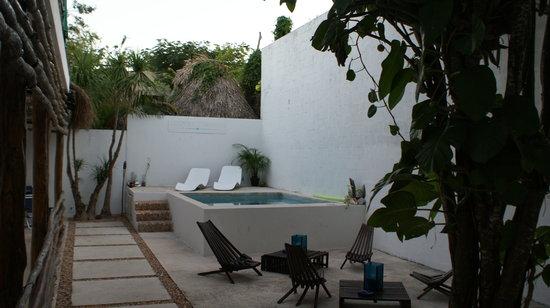 Hotel Latino: la piscine
